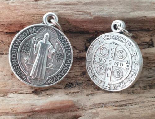 7 choses à savoir sur la médaille de Saint-Benoît